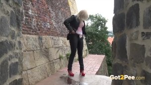 blonde-nearly-gets-caught-wetting-her-panties-in-public