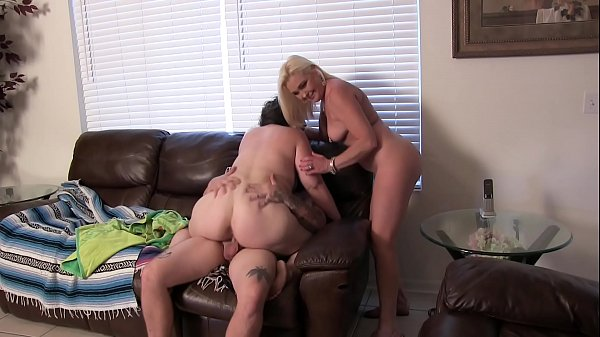 mommy-gives-slut-lessons-to-her-daughter