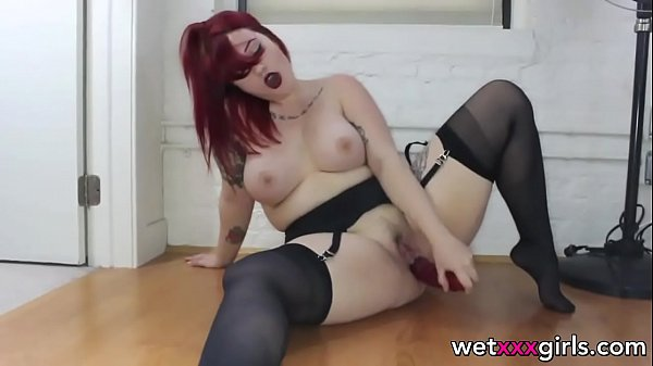 red-hair-nylons-and-a-dilod