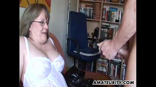 amateur-milf-with-big-tits-sucks-and-fucks-with-cum