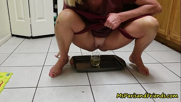 mommy-loves-for-you-to-watch-her-pee