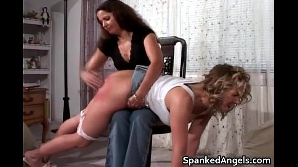 nasty-hot-sexy-body-blonde-babe-gets-her