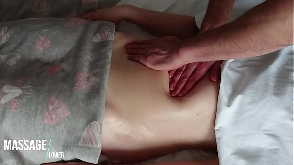 sensual-and-romantic-massage-of-hot-soft-oiled-belly
