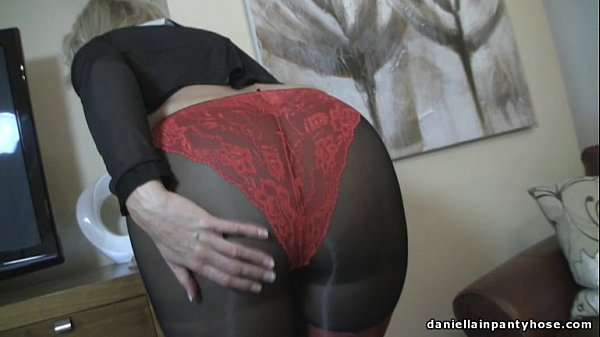 sexy-ass-wife-in-seamed-pantyhose-panty