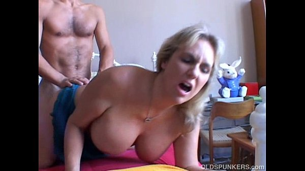 wanda-is-a-beautiful-big-tits-mature-babe-who-loves-to-fuck