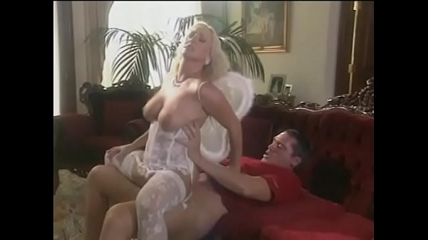 beautiful-fair-haired-full-breasted-angel-calli-cox-helps-dude-to-make-himself-at-heaven-like-at-home