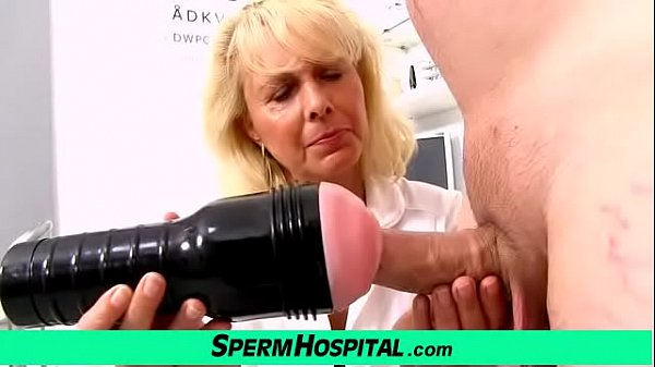 blonde-lady-doctor-koko-old-with-young-cfnm-exam-and-handjob
