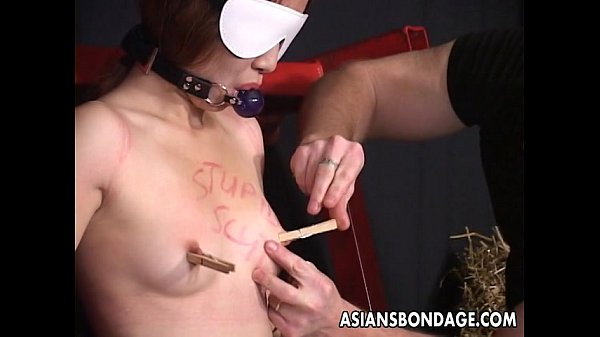captivating-japanese-hottie-moans-while-being-whipped