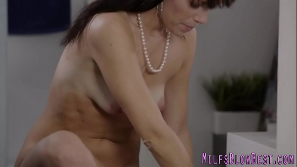 cougar-throats-black-dick-and-gags