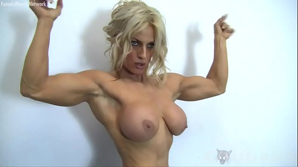 sexy-blonde-muscle-cougar-with-big-tits-works-out