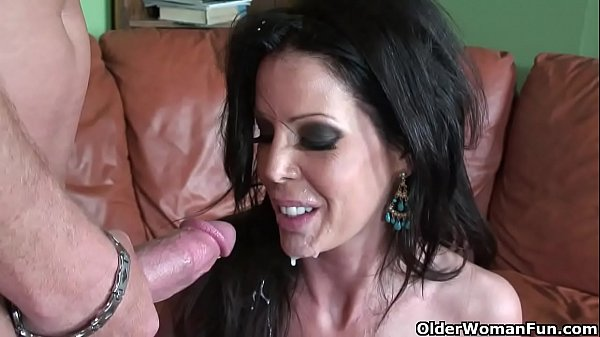 skinny-milf-tabitha-stevens-gets-fucked-and-facialized