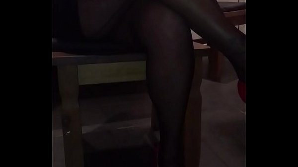 wife-in-nylons-1